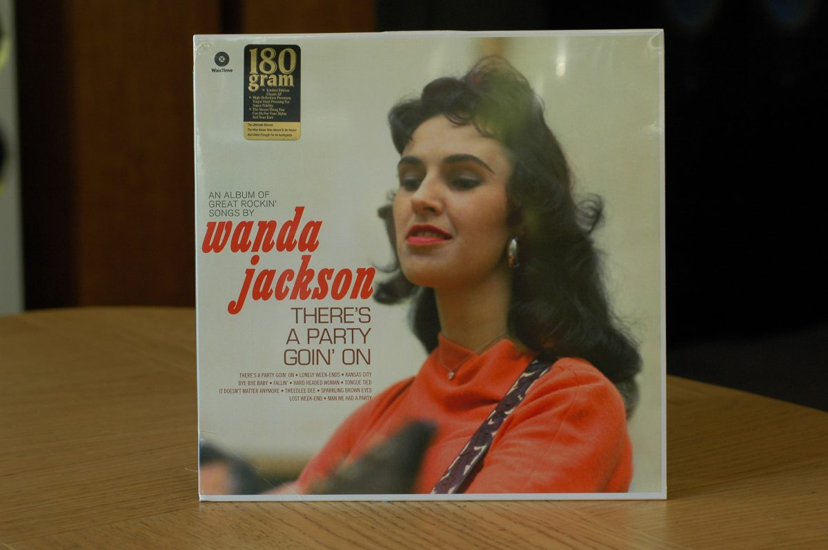 Wanda Jackson- There's A Party Goin' On