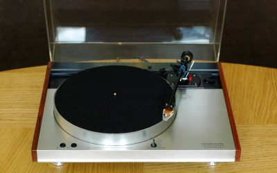 For Sale – Luxman Turntable